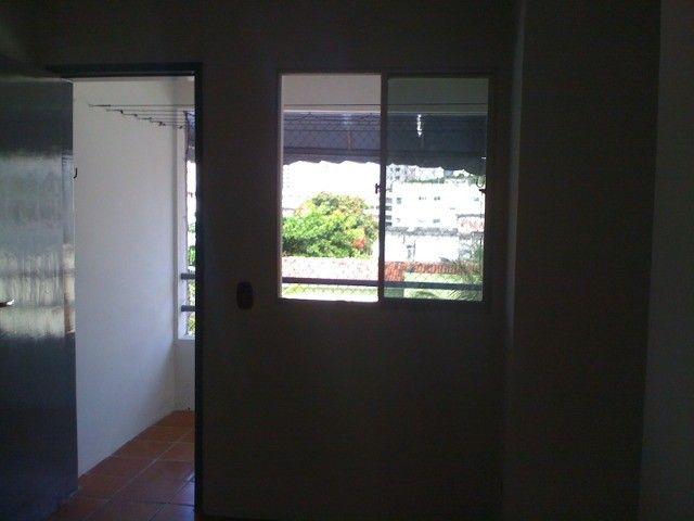 Boa Viagem perto atras BIGBompreço  e Shopping Recife 850,00 incluso Condominio - Foto 12
