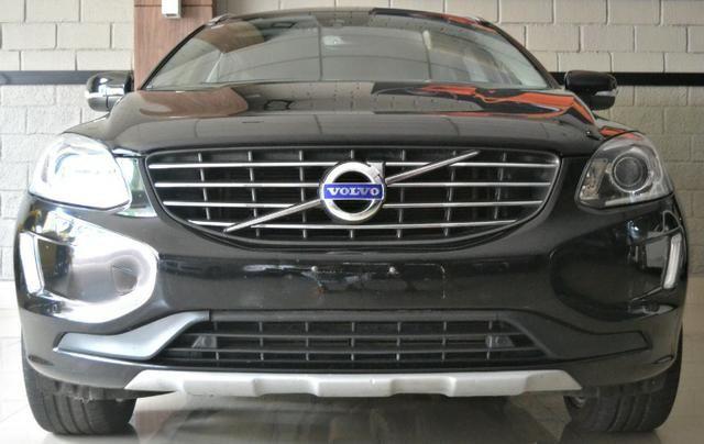 Volvo Xc 60 T5 Momentum 2.0 Awd