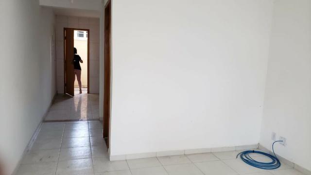 Casa miuto bem localizada duplex 1a locaçao 2 qts com varandas quintal 2 vgs - Foto 12