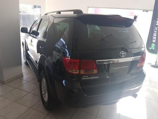 Toyota Hilux Sw4 SRV AUT. 4X4 - 05 LUG. 4P - Foto 4