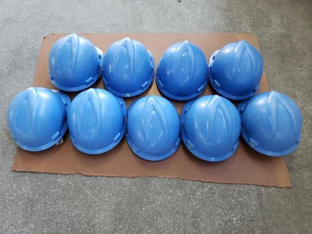 9 capacetes azul MSA V-Guard com carneira e jugular - Foto 3