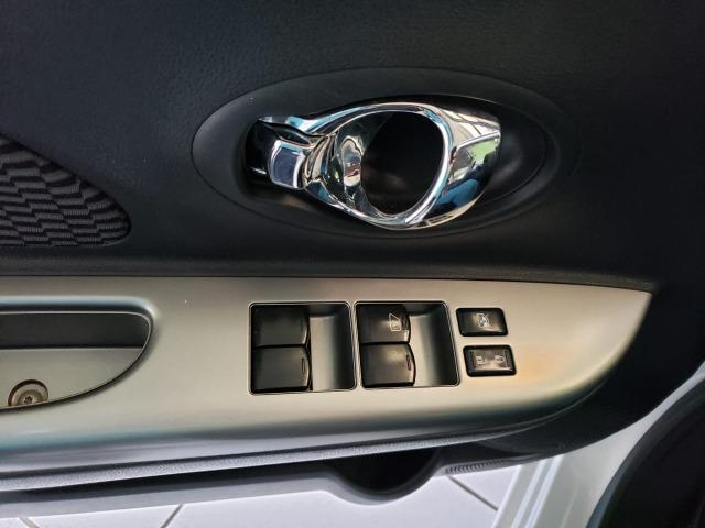 Nissan March 1.0 SV 2015 - Foto 16
