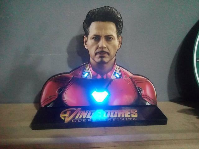 Enfeite luminaria Homem de Ferro