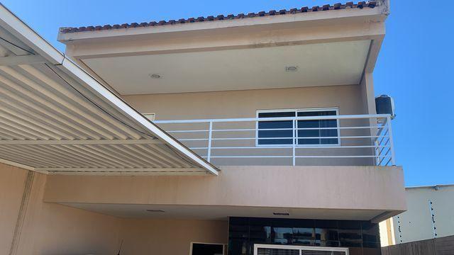 Casa primeiro andar com 3 suítes
