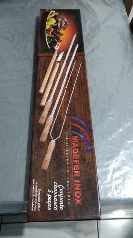 R$60,00 - Vendo Conjunto para Churrasco 5 peças - Foto 6