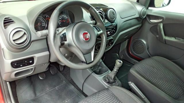 Fiat Pálio Attractive 1.4 2013 - Foto 12