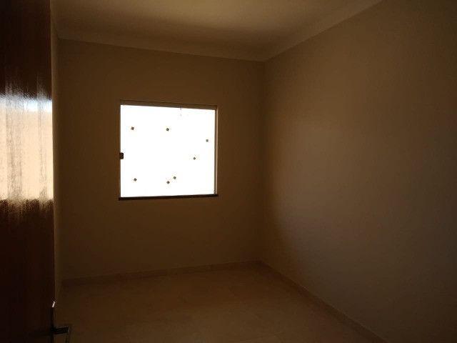 Oportunidade única, casa 2/4 com 1 suíte - Foto 6