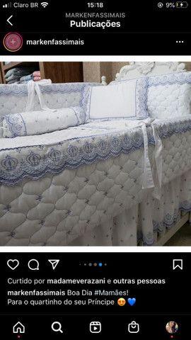 Kit berço royal azul jogo de lencol e babado de berco Marken fassi 300 fios