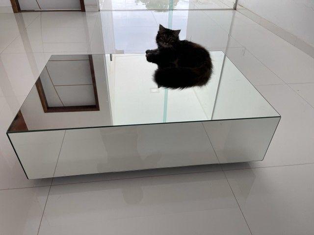 Vendo centro de vidro lindo