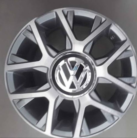 Compro rodas 15 do volkswagen UP