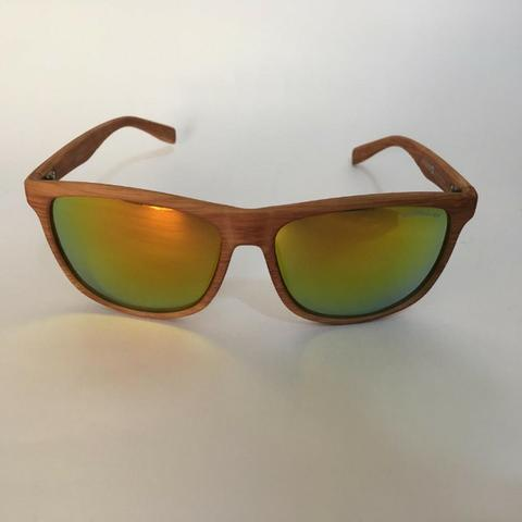 Oculos de sol em madeira - Bijouterias, relógios e acessórios ... 7157a7e402