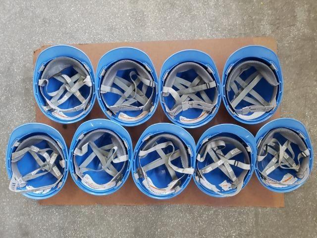 9 capacetes azul MSA V-Guard com carneira e jugular - Foto 5