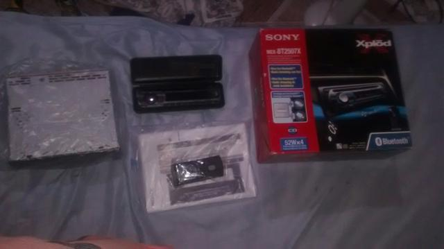 Vendo parelho Sony novo na caixa sem uso