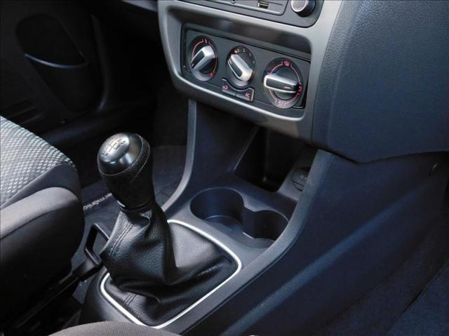 Volkswagen Fox 1.0 Mpi Trendline 12v - Foto 14
