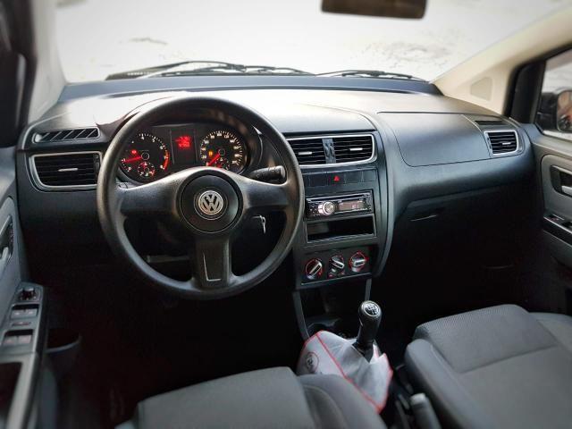 VW / Fox Trend 1.0 8v Total Flex / 4 portas / Completo - Pouco rodado Petrópolis/RJ - Foto 3