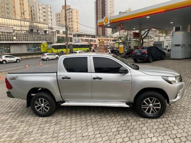 Toyota Hilux Cabine Dupla Hilux 2.8 TDI STD CD 4x4 - Foto 4
