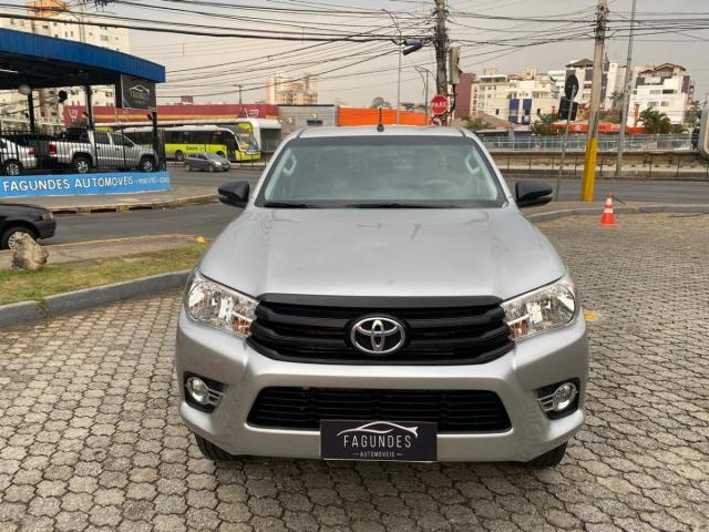 Toyota Hilux Cabine Dupla Hilux 2.8 TDI STD CD 4x4 - Foto 2