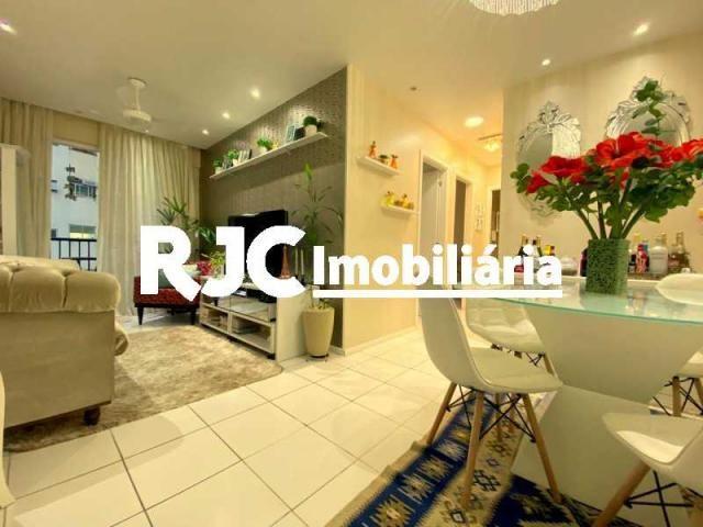Apartamento à venda com 3 dormitórios em Tijuca, Rio de janeiro cod:MBAP33099