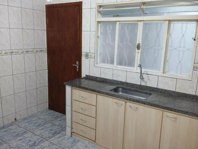 Casa Tipo Sobrado Aluga-se - Foto 4