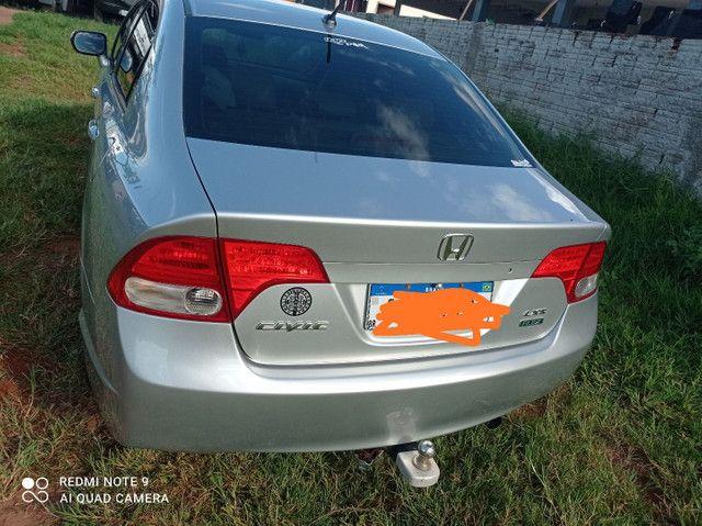 Vendo ou troco Honda Civic meu carro é bem conservado só pega e anda.. - Foto 3