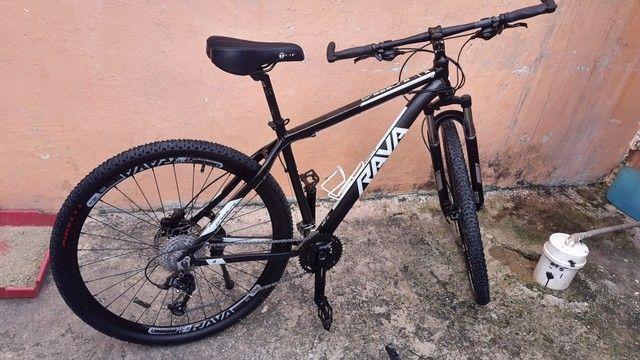 Bicicleta RAVA PRESSURE