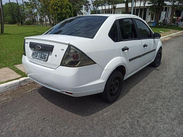 Ford Fiesta Sedan 1.6 Flex - Foto 8