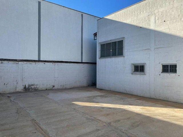 Galpão para aluguel ou venda 170m² 02 banheiros e copa. Anel Viário St. Papilon Park - Foto 15