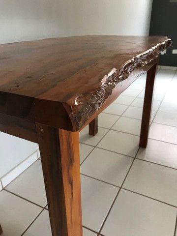 Mesa em madeira envernizada - Foto 3