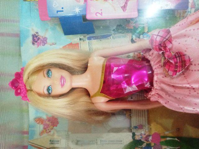 Boneca Barbie Blair Escola de princesas - Foto 2