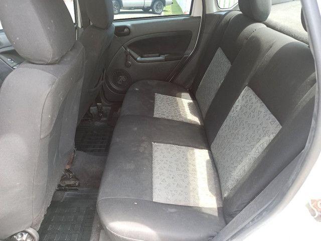 Ford Fiesta Sedan 1.6 Flex - Foto 10