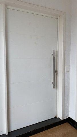 Locação de apartamento semi mobiliado