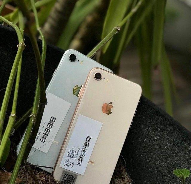 iPhone 8 64gb gold Vitrinni + cabo e garantia