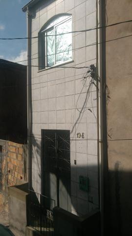 Vende-se esta casa em Plataforma Salvador (BA)