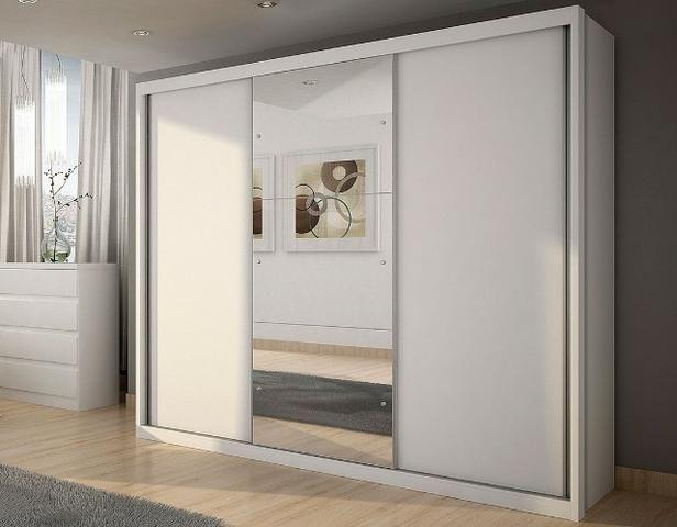 Promoção Guarda roupa novo 3 portas de correr e espelho