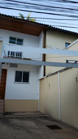 Casa miuto bem localizada duplex 1a locaçao 2 qts com varandas quintal 2 vgs - Foto 7
