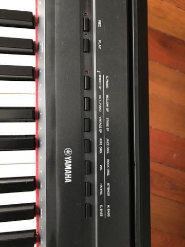 Piano P115 Digital - Yamaha - Estante + Pedal Triplo