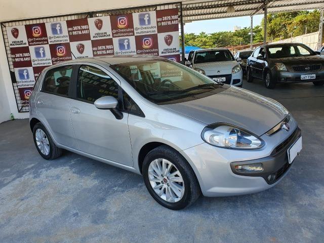Fiat - Punto Essence 1.6 Flex, Completo, Revisado, Garantia, Novo - Único Dono 2016