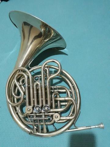 Trompa Yamaha 668n - Foto 2