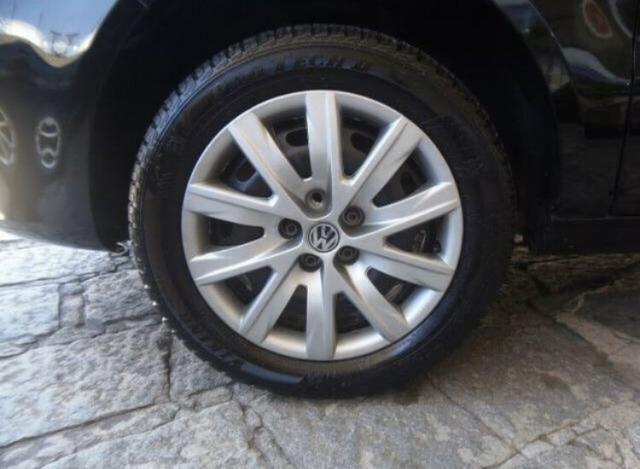 VW / Fox Trend 1.0 8v Total Flex / 4 portas / Completo - Pouco rodado Petrópolis/RJ - Foto 11