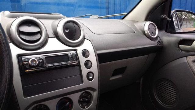 Ford/Fiesta Sedan 1.6 Flex 2008 - Foto 6