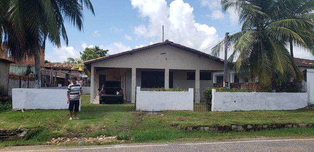 Vendo ou troco casa grande em bairro nobre de salinas LEIA
