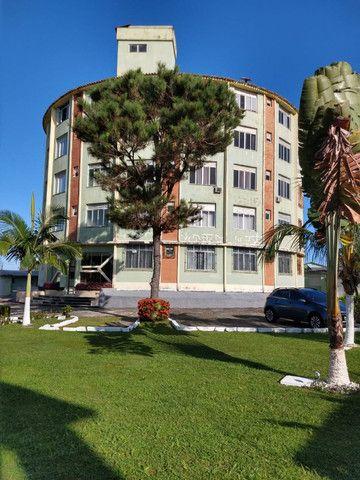 Vendo Apartamento situado em Salinas