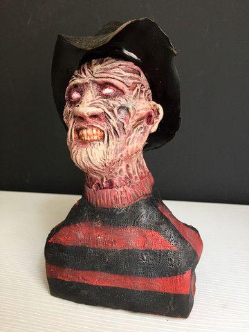 Escultura Action Figure Freddy Krueger 20x11cm - Foto 2