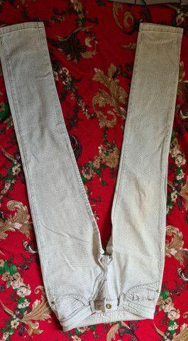 Calças jeans semi novas 38  - Foto 3