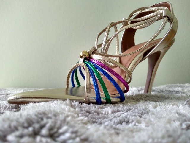 Combo sandálias bico folha (dois pares ) - Foto 4