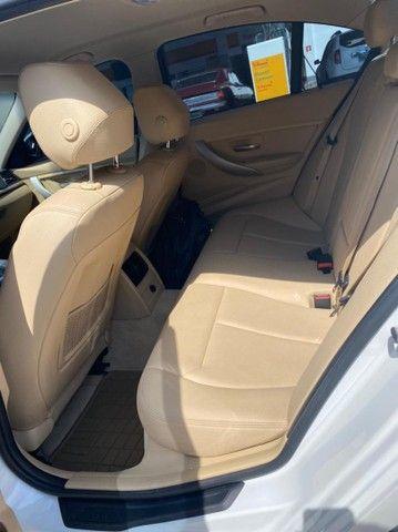 BMW 320i apenas 65.000 km branco pérola 2014 - Foto 5