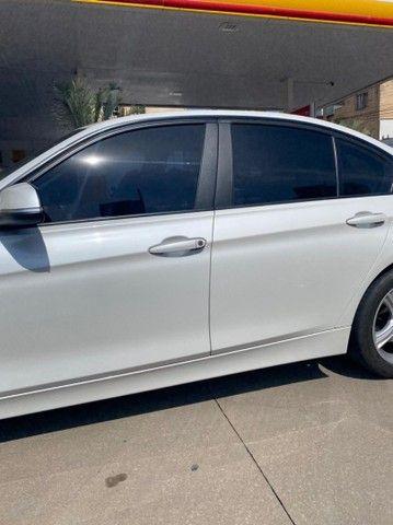 BMW 320i apenas 65.000 km branco pérola 2014 - Foto 15