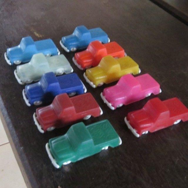 carrinhos de plástico antigos modelo da promoção toddy  - Foto 3