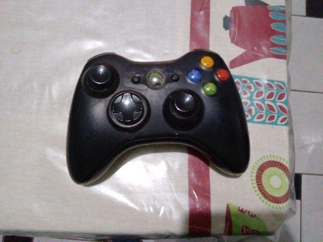Xbox 360 usado, Kinect e 2 Controles - Foto 6