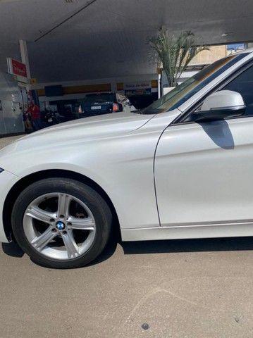 BMW 320i apenas 65.000 km branco pérola 2014 - Foto 16